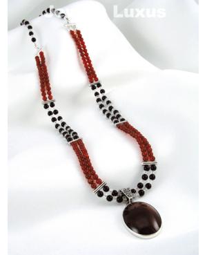 Agate Pendant Necklace